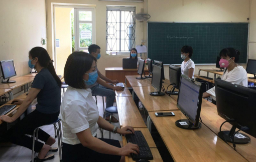Tuyển sinh lớp 10 tại Hà Nội: Thí sinh làm thủ tục dự thi bằng hình thức trực tuyến