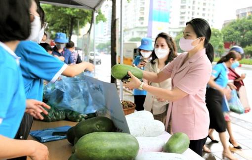 Trung ương Hội LHPN Việt Nam hỗ trợ kết nối, tiêu thụ nông sản mùa COVID-19