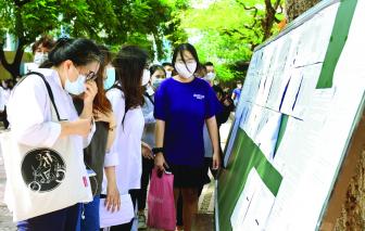 Học sinh cuối cấp rối loạn tâm lý vì lo hoãn thi tốt nghiệp mùa dịch