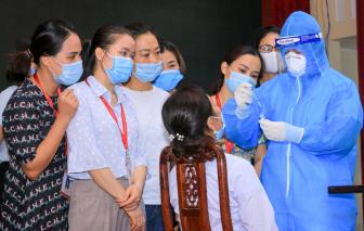 Nghệ An: Hơn 1.000 sinh viên ngành y làm đơn xin lên đường chống dịch