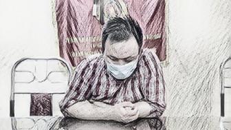 Người đàn ông mắc COVID-19 lăng mạ cán bộ kiểm dịch
