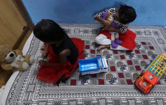 COVID-19 đẩy trẻ mồ côi ở Ấn Độ vào nguy cơ kép