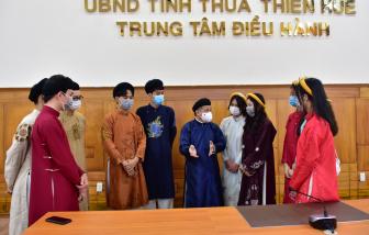 Thừa Thiên - Huế: Đón học sinh, người dân đến tham quan trụ sở UBND tỉnh