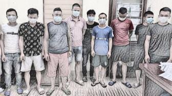 10 người tụ tập đánh bài giữa cao điểm dịch COVID-19, bị đề xuất mức phạt 150 triệu đồng