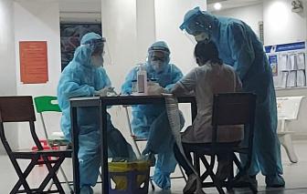 Nhiều bệnh viện được huy động để lấy 5.000 mẫu xét nghiệm ở chung cư Ehome 3