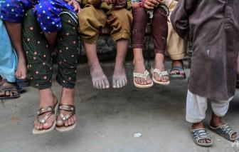Cơ sở y tế tái sử dụng kim tiêm sai cách, hơn 1.500 trẻ em Pakistan nhiễm HIV