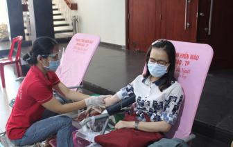 Cán bộ, công chức, viên chức Khối Dân - Chính - Đảng TPHCM hiến hơn 200 đơn vị máu