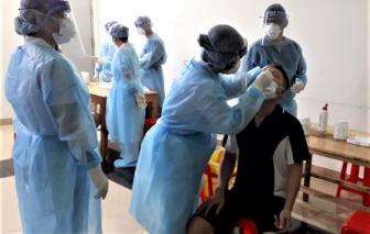Vừa kịp về lấy mẫu thì phát hiện dương tính với SARS-CoV-2