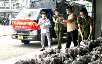 Giải cứu gần 10 tấn khoai lang tím giúp nông dân Đồng Tháp