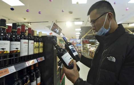 Úc kiện Trung Quốc lên WTO vì áp thuế chống bán phá giá mặt hàng rượu vang