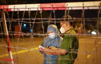 Xuyên đêm thực hiện phong tỏa các điểm cách ly ở Bình Tân