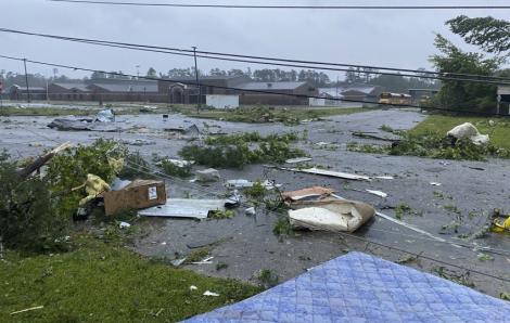 9 trẻ em thiệt mạng sau áp thấp nhiệt đới ở Mỹ