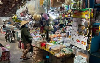 TPHCM xem xét phát phiếu đi chợ cho người dân