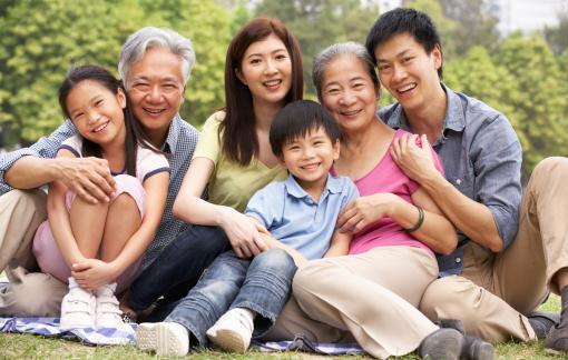"""Diễn đàn Hạnh phúc gia đình xây bằng gì?: Sức """"bảo kê"""" của đại gia đình"""