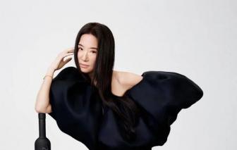 Vera Wang làm mẫu ở tuổi 72 với cơ bụng chuẩn hơn thiếu nữ
