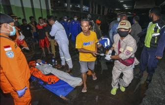 6 người chết, nhiều người mất tích trong vụ chìm tàu chở khách du lịch ở Bali