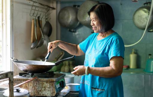 Gia vị tận tụy trong món ăn mẹ nấu