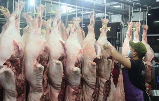 """Đồng Nai xin mở điểm bán thịt heo """"giải cứu"""" người chăn nuôi"""