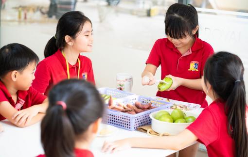 Giữa cơn đại dịch, cân nhắc đầu tư giáo dục cho con