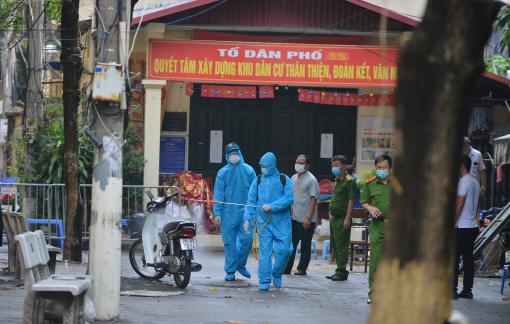 Hà Nội: Phong tỏa khu tập thể có 2 mẹ con dương tính SARS-CoV-2