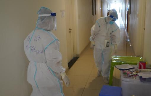 Sáng 22/7: TPHCM thêm 2.433 người mắc COVID-19, lần đầu Quảng Bình có ca nhiễm