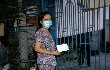 125 nữ công nhân ở quận Bình Tân được tặng 1 triệu đồng/người