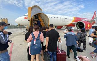Giám sát chặt chẽ các chuyến bay từ phía Nam về Hà Nội