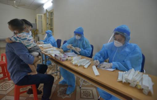 Hà Nội đã có 13 trường hợp ho sốt được phát hiện qua sàng lọc tại cộng đồng