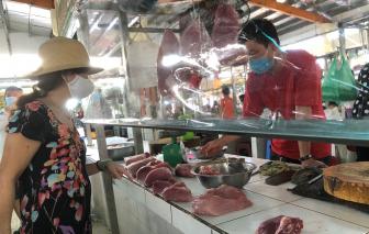 Người dân TPHCM có thể đi chợ 2-3 ngày một lần bằng thẻ