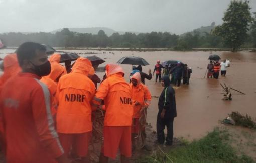 Ít nhất 112 người chết do mưa lũ và lở đất tại Ấn Độ