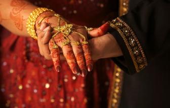 Ấn Độ: Sôi động dịch vụ kết hôn cho những cặp đôi bỏ trốn