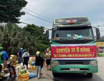 Bình Định: Chuyến xe 0 đồng chuyên chở hàng hóa cho người dân vùng dịch