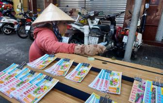 Gói hỗ trợ 26.000 tỷ: Hàng trăm ngàn người bán vé số từ Đà Nẵng tới Cà Mau được hỗ trợ