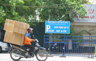 Hà Nội cấp phép cho 2.200 shipper hoạt động trong đợt giãn cách