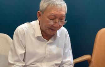 """""""Người bán nụ cười"""" Lê Văn Nghĩa đi xa, để lại hai cuốn sách dang dở trong nhà in"""