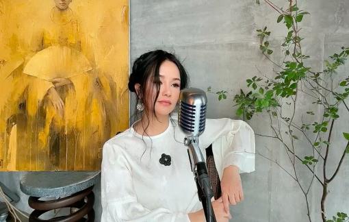 Ca sĩ Hồng Nhung biến nhà thành sân khấu trong những ngày giãn cách xã hội