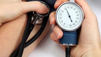Vì sao huyết áp đang tăng bỗng dưng hạ?
