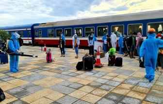 1 phụ nữ đi chuyến tàu 0 đồng về Hà Tĩnh dương tính với SARS-CoV-2, Phú Yên có thêm 35 ca