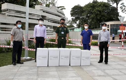 """Quỹ từ thiện Kim Oanh mong mọi người chung tay """"tiếp nối nhịp thở"""" cho bệnh nhân COVID-19"""