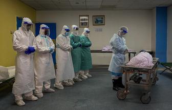 Malaysia chật vật khi ca tử vong vì COVID-19 tăng cao