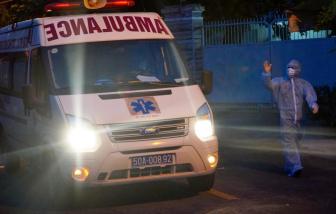 TPHCM tăng thêm 300 xe vận chuyển người mắc COVID-19
