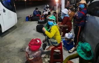 Bà con Quảng Ngãi đang trên đường về quê vẫn được tiếp nhận đến 0g ngày 1/8