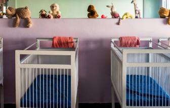 Những phụ nữ Senegal buộc phải vất bỏ con sau khi sinh