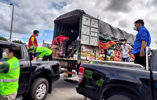 100 tấn hàng từ Bắc Giang đến với người dân TPHCM
