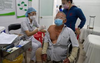 Bộ Y tế đề nghị TPHCM làm việc toàn thời gian trong quá trình tiêm chủng