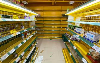 Nhiều cửa hàng, chợ truyền thống khan hiếm hàng hóa