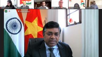 Cộng đồng người Ấn Độ tại Việt Nam mua máy ECMO tặng Bệnh viện Bệnh nhiệt đới TPHCM