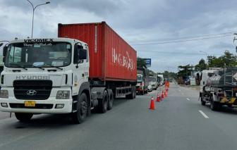 Bộ Công thương hỏa tốc đề nghị ưu tiên tiêm vắc xin cho lao động ngành vận tải và logistics