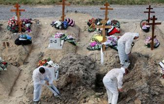 Số ca tử vong vì COVID-19 ở Nga có thể thuộc nhóm cao nhất thế giới
