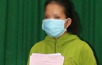 """Tung tin """"phương pháp chữa bệnh COVID-19 tại nhà"""", 1 phụ nữ ở Vĩnh Long bị phạt 7,5 triệu đồng"""